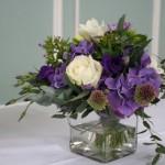 Eucaliptus, roses, Allium and hydranger.