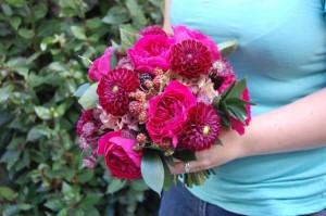 David Austin rose and dark red dahlia bouquet